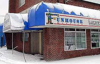 The Funhouse/Sideshow Music Hall [Lackawanna, NY]